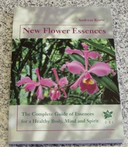 New Flower Essences / Anglais + élixir RQ7 15ml